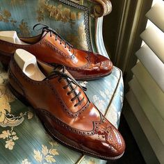 Men Handmade Brown Color Real Leather Wing Tip Matching Sole Lace Up Shoes - Dress/Formal Lace Up Shoes, Black Shoes, Dress Shoes, Dress Clothes, Sale Clothes, Suede Leather Shoes, Leather And Lace, Real Leather, Cowhide Leather