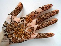 Round And Short Mehandi for Special Occasions ~ ParaDise..!!!