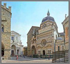 Piazzetta del Duomo - Bergamo alta - Lombardia - Italy