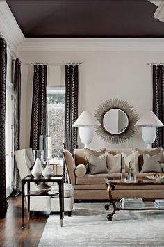 Here we will introduce you to our world of interior design with our favorite interior designers, architects and trend shows. We will give you tips on how to improve your style at home and improve your interior decoration skills. Home Living Room, Living Room Designs, Living Room Decor, Living Spaces, Dining Room, Living Area, Luxury Interior Design, Home Interior, Interior Decorating