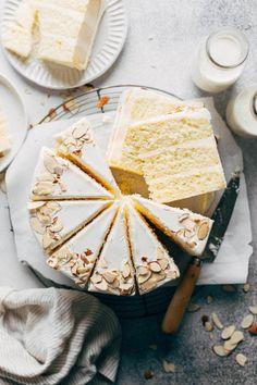 Homemade Chocolate Bars, Chocolate Drip, White Almond Cakes, Sweet Recipes, Cake Recipes, Apple Crumble Cake, Cookie Dough Cake, Pumpkin Cookies, Let Them Eat Cake
