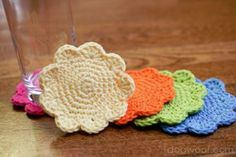 These Flower Coasters are great for holding a drink of your choice if you don't want ring marks on your table. Use bright #crochet colors to make these floral designs. They're great for spring decorating, too!