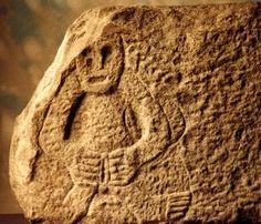 Síle Na Gig (or Sheela Na Gig). The enigmatic síle na gig, found on old churches and castles around Ireland. Sacred Feminine, Divine Feminine, Ancient Art, Ancient History, Alexandre Le Grand, Irish Rock, Celtic Mythology, Goddess Art, Green Man