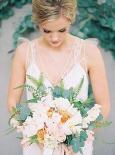 Blog - Delicate Spring Wedding Ideas