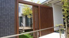 パナホーム 平屋の和モダンな建物のゲート・エクステリア クローズ外構45 Terrace, Architecture Design, Garage Doors, Exterior, Windows, Gallery, Outdoor Decor, Home Decor, Google