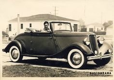 Here's another one of Bob Kuykendall's rides! A 1933 Ford Cabriolet! Hot rod or mild 1940s custom? I'm thinking solid hood sides 1941 ford front bumper flipper huncaps and whitewall tires maked this a miiiild #1933FordCustom... #kustomrama #culvercityscrewdrivers #culvercitycustom #CaliforniaCustom