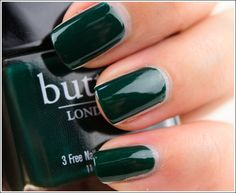 Green may well be the new trend for nails, but I find it very hard to wear, especially in the lightest shades. This deep green by London Butter, however, seems very wearable to me... Love it! (Photo by Temptalia)