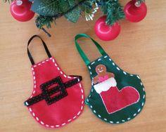 Roupinha de garrafa para deixar a decoração de Natal mais charmosa  by Ateliê Silvana Ramos.