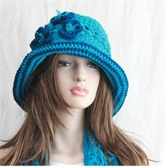 This is the perfect beach hat for summertime and vacation! Its so versatile. Wear the brim a couple of ways: Roll it up, or bring it down for
