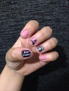 Nails I <3 Paris