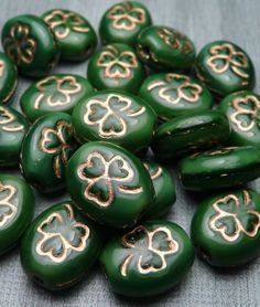 Green Lucky Shamrocks - Glass Beads #2014 #St #Patrick's Day #crafts #decor #ideas #DIY www.loveitsomuch.com