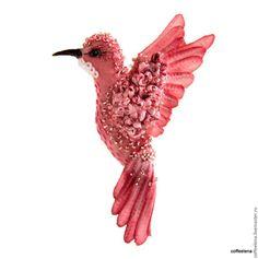 Купить Текстильная брошь птица-колибри «Магнолия» Вышитая бисером брошь - брошь птица, на платье