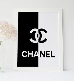 Chanel Half Black Half White, Enjoy 20% saving when you purchase three or more prints ! Enter code SAVE20 at checkout. __________________________________ ****** INSTANT DOWNLOAD***** *****NO PHYSICAL item will be shipped to you***** ________________________________ There is no easier way to change the feel of a room than with art you print yourself! - Print out on your own computer instantly, - or take it to your local print/photo shop - like Staples, Costco, or Target - or have it p...