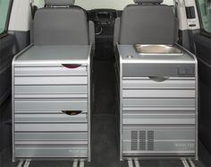 Der Durchgang ins Fahrerhaus ist selbst mit zwei installierten Modulen weiterhin gewährleistet