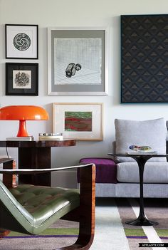 Geef je interieur een eigen gezicht en decoreer met schilderijen en prints. #interieur #decoratie #inspiratie