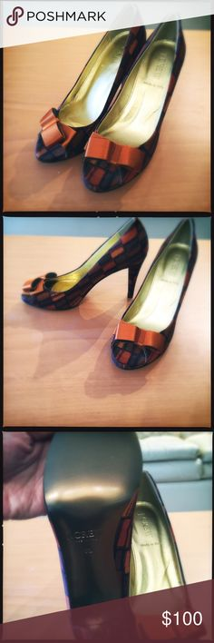 NWOT JCrew Orange Mosaic Heels SZ 6.5 Gorgeous burnt orange/yellow hues making this a stunning pair of heels by JCrew in size 6.5. 3 inch heels. Comes from smoke free/pet free home. J. Crew Shoes Heels