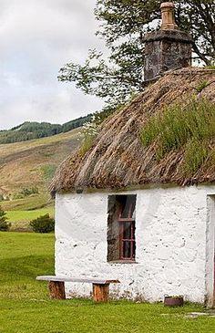 Crofter's Cottage - Scottish Highlands