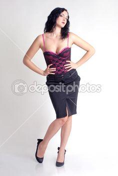 #50 #1930 #1940 #1950 #101 #601 #Adulto #Americano #Attraenti #Sfondo #Bella #Bellezza #Camicetta #Bruno #Brunetta #Carina #Viso #Moda #Femmina #Ragazza #Glamour #Glamour #Capelli #Felice #Testa #Primo piano del volto #Isolate #Dama #Gambe #Le labbra #Compongono #Modello #Persone #Perno #Pin Up #Rosa #Ritratto #Posa #Piuttosto #Rosso #Retrò #Sexy #Colpo #Stile #Fino #Annata #Bianco #Donna #Donne #Giovane