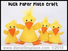 These duck projects (made using paper plates) would be cute for spring. They would add an eye-catching 3D effect to a spring bulletin board display.