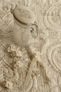 horloge anges d co bois mathilde m d co anges romantique clocks pinterest promotion. Black Bedroom Furniture Sets. Home Design Ideas