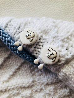 Beautiful 'sheep' buttons.