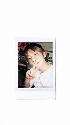 Kyungsoo, Baekhyun Selca, Chanyeol, Exo Kokobop, Exo Lockscreen, Exo Members, Light Of My Life, Kpop, Chanbaek