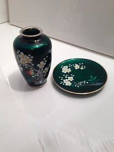Japanese Cloisonne Vase and Plate Jubei Attributed Made Specially For Gumps