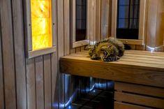 Kater Charles hat seinen Lieblingsplatz schon gefunden 😊 Infrarot Sauna, Entryway Tables, Furniture, Home Decor, Homemade Home Decor, Home Furnishings, Interior Design, Home Interiors, Decoration Home