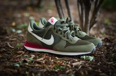 Green of course. In between sporty and dressy perfect for school n work. Nike Internationalist - where can I get these? NOW!?