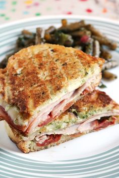 Ham Sandwich Recipes, Pesto Sandwich, Panini Recipes, Grilled Sandwich, Soup And Sandwich, Vegetarian Sandwiches, Gourmet Sandwiches, Burger Recipes, Pesto Grilled Cheeses