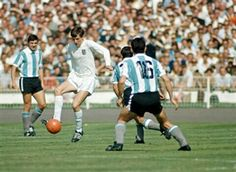 England 1 Argentina 0 in 1966 at Wembley. Martin Peters on the ball in midfield at the World Cup Quarter Final.