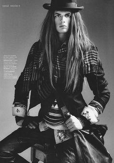 Miquel Long hair man alternative model boy man https://www.facebook.com/alternativestylepolska