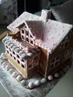 Gingerbread house | Christmas | Cute | Pink | DIY | Villa