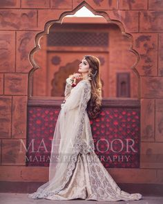 "Maha Wajahat Khan on Instagram: ""Stay Tuned 😍😍 #mahasphotography @mahawajahatkhan @mahasphotographyofficial @faizas.salon Designer @shazia_kiyani #femalephotographer…"" Pakistani Bridal Makeup, Indian Bridal Fashion, Bridal Lehenga, Eid Dresses, Bridal Dresses, Bridal Looks, Bridal Style, Wedding Photos, Wedding Ideas"