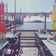 This Floating Restaurant In Oregon Serves Mouthwateringly Delicious Seafood Pacific City Oregon, State Of Oregon, Oregon Coast, Pacific Northwest, Cool Places To Visit, Great Places, Places To Go, Beautiful Places, Portland Food