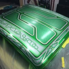 Car Paint Jobs, Custom Paint Jobs, Custom Cars, Lace Painting, Air Brush Painting, Body Painting, Grease Monkey Garage, Candy Paint, School Painting