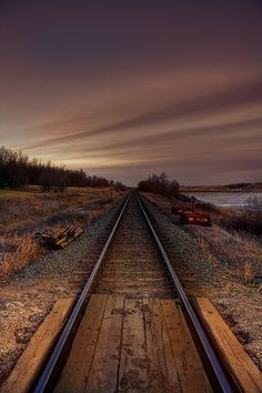 Road (rails) to nowhere thema Tracks to the unknown in Ferintosh Central Alberta, Canada ~ Photo by JoLoLog© Locomotive, Images Gif, Old Trains, Train Tracks, Railroad Tracks, Holland, Paths, Cool Pictures, Beautiful Places