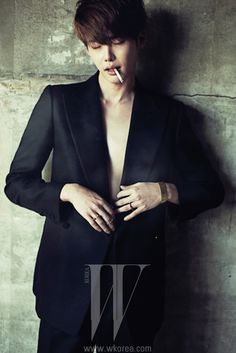 GUY CANDY: Up-close with Lee Jong Suk
