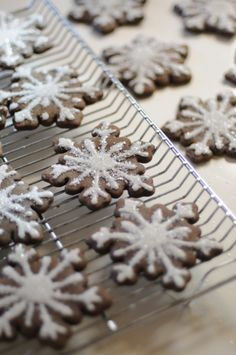 Beautiful gingerbread snowflake cookies would make great gifts | Visit The Gift of Holiday Recipes board for your chance to win a Visa gift card