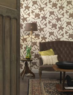 Make a #stylish statement with this warm collection of outlined #flower structures on #natural base colours. #Wallcoverings from Style statement, BN, #Goodrich