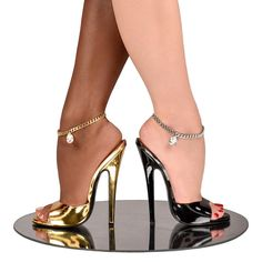 Sexy Legs And Heels, Hot High Heels, High Heels Stilettos, Sexy Feet, Stiletto Heels, Beautiful Heels, Gorgeous Feet, Wedge Boots, Heeled Boots