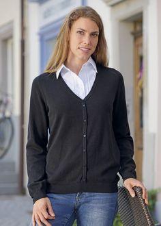 5211d07e1cdcae Strickjacke mit eingenähtem Blusenkragen kaufen - Lehner Versand Lehner