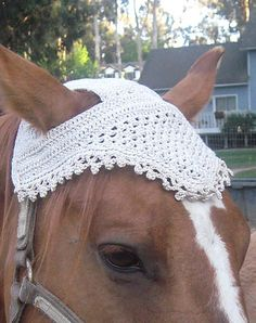 Crochet fly bonnet for horses, need to add some fringe