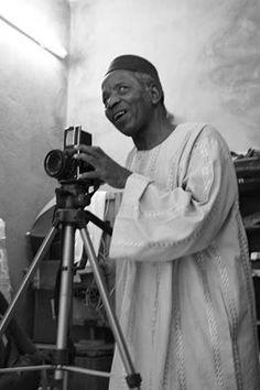 The famous Malian photographer Malick Sidibé, nicknamed «the eye of Bamako».