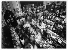 Overview of Bookfair 1st-3rd April 82 - 1 (Photo-Julian Stapleton)