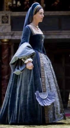Anne Boleyn's blue gown