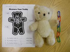 Measurement activity - have students bring in a stuffed animal bear to measure with links during math class. Bears Preschool, Preschool Math, Kindergarten Math, Measurement Kindergarten, Math Class, Maths, Animal Activities, Preschool Activities, Preschool Lessons