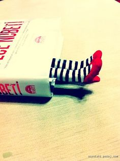 It's a handmade bookmark, I love it!
