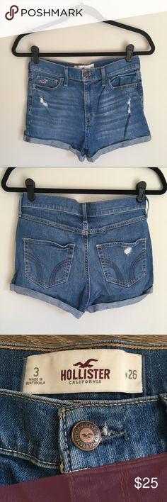 Hollister high waist shorts medium wash size 3 Hollister high rise shorts. Hollister medium wash denim shorts with slight distressing. Size 3.  🎀 No trades 🎀 No holds 🎀No modeling 🎀 Bundle to save! Hollister Shorts Jean Shorts