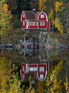 another little stuga... in autumn!